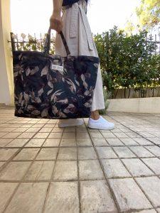 Garden XL Tote Bag