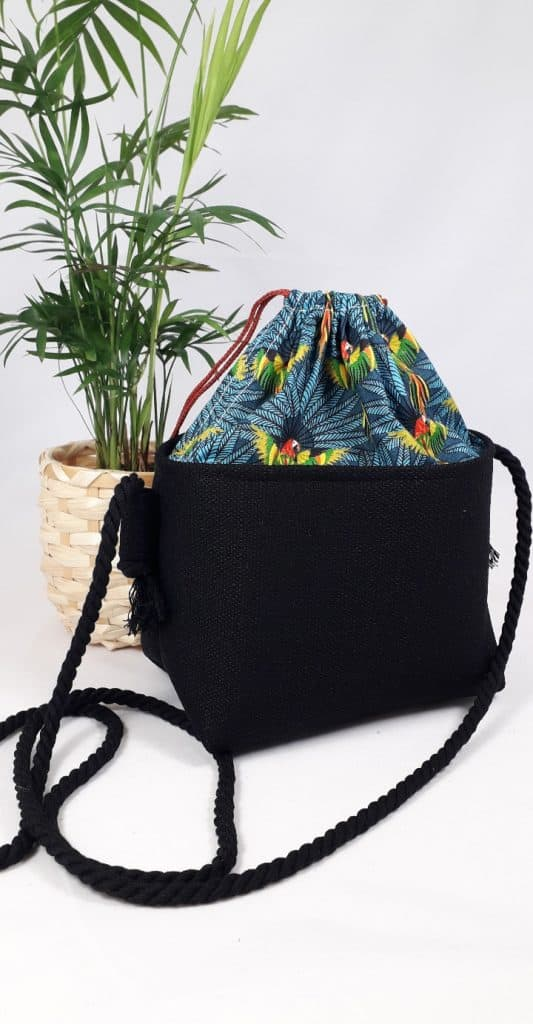 Small Cross-body Basket Budgie
