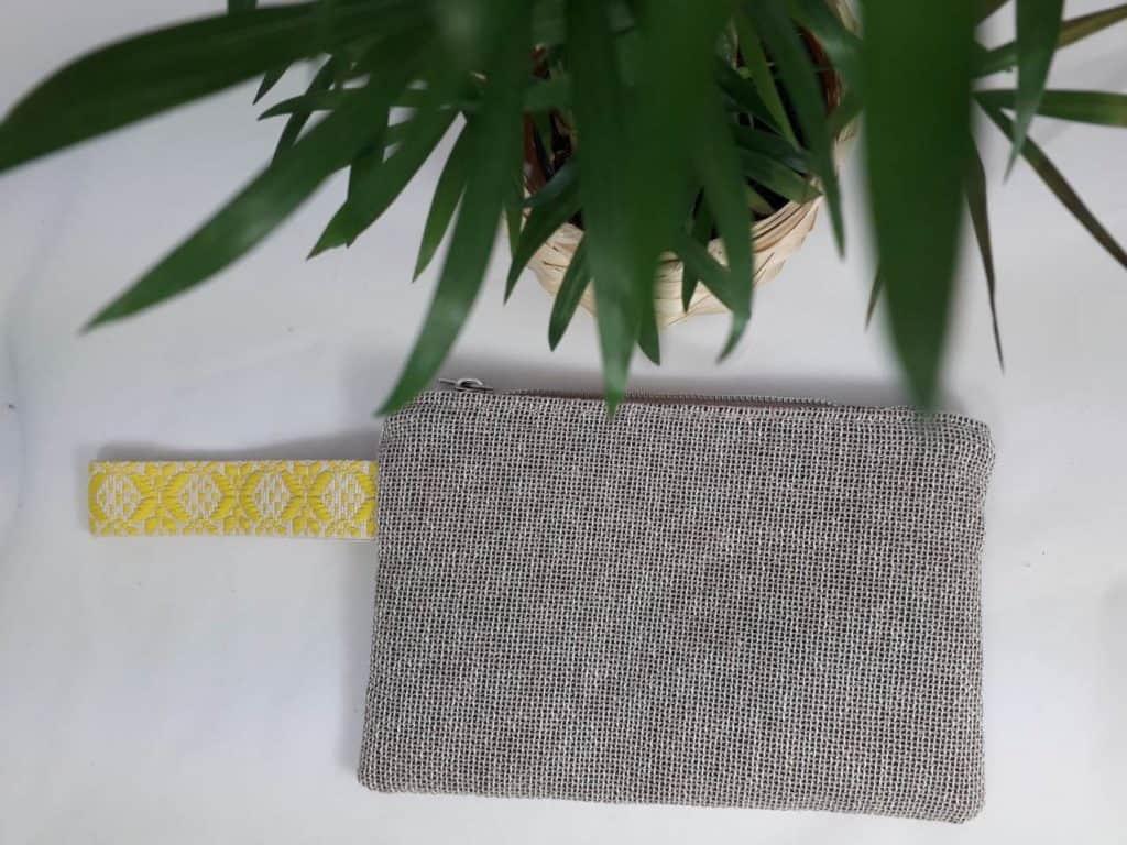 Small Beige Linen