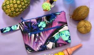 Αδιάβροχο τσαντάκι Purple Feather